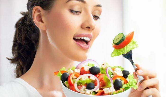 Makanan sehat untuk atas kulit kusam secara alami