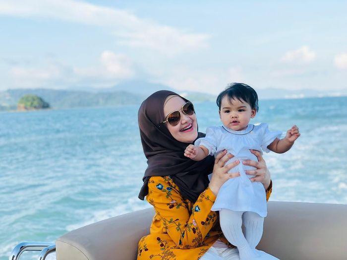Potret Cantik Siti Aafiyah, Anak Siti Nurhaliza yang Kelahirannya Dinantikan Selama 12 Tahun