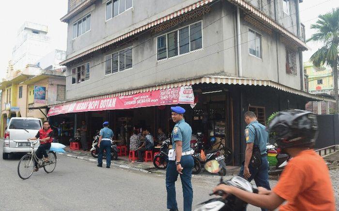 Kedai Kopi Botan kota Tanjungbalai Pulau Karimun, Kepulauan Riau.