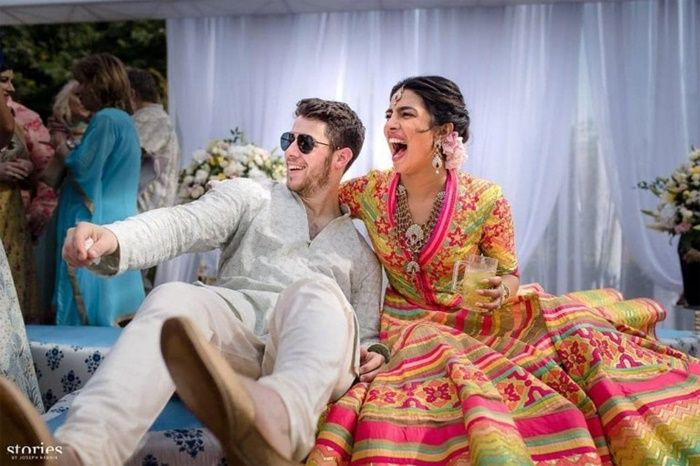 Fakta Dibalik Deretan Gaun Pengantin Priyanka Chopra yang Mewah - Upacara Mehendi