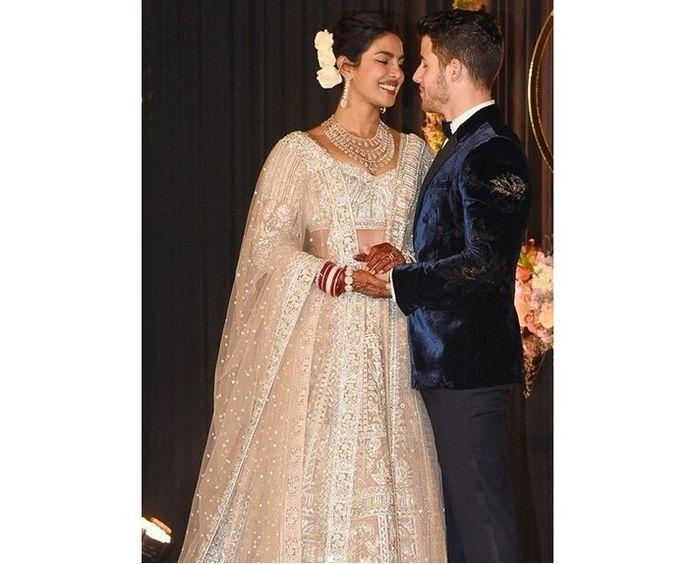 Gaun Pengantin Priyanka Chopra