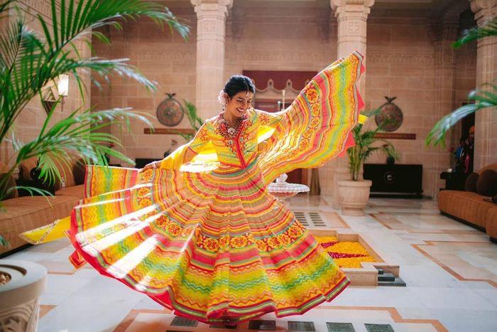 Gaun Priyanka Chopra yang indah