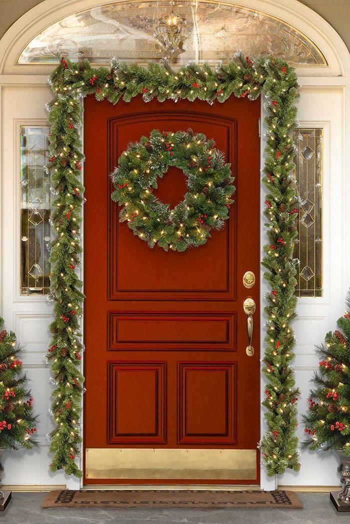5 Inspirasi Lampu Teras Untuk Dekorasi Natal Rumah Tampak