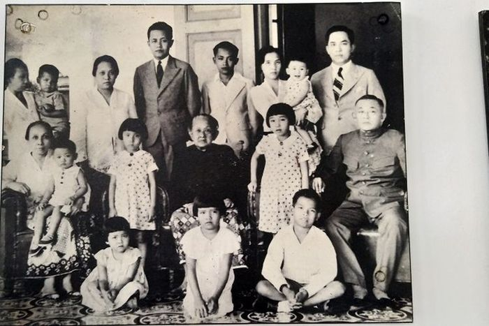 Salah satu foto keluarga Martha Tilaar