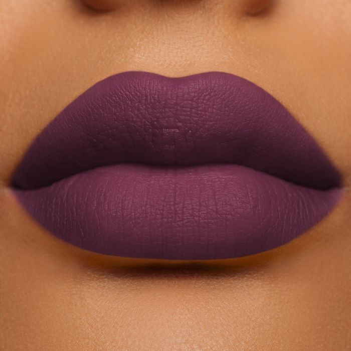 Lipstik dark plum