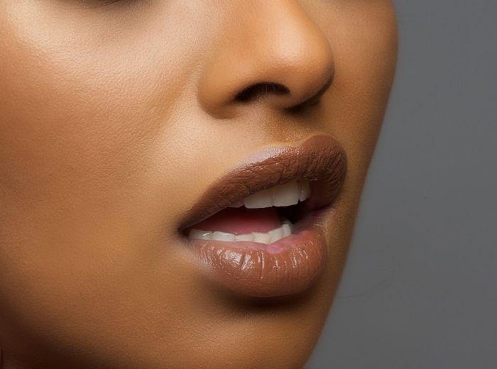 Lipstik cokelat