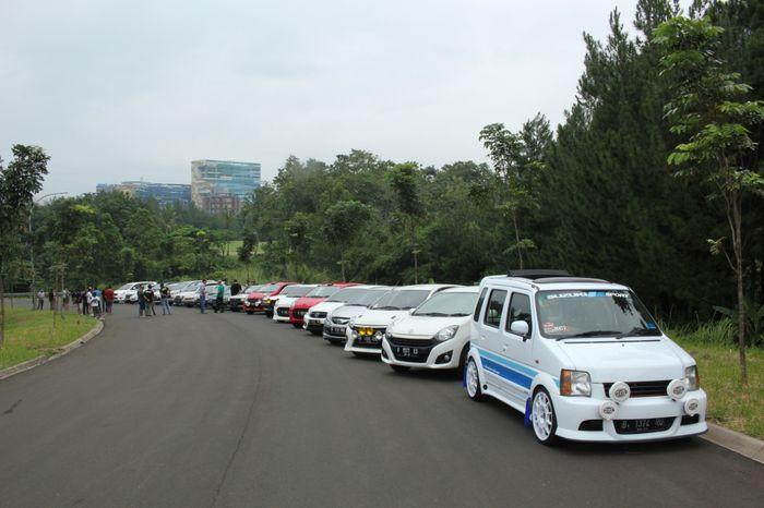 Berbagai macam mobil yang sudah dimodif ala tampilan mobil rally bikin pangling