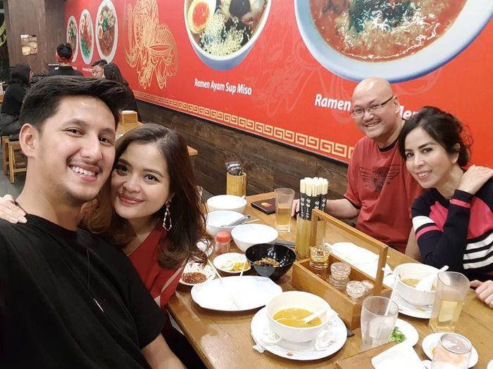 Tasya Kamila double date dengan mertua