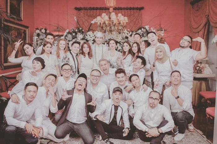 Foto-foto Pernikahan Aura Kasih dan Eryck Amaral dengan ...