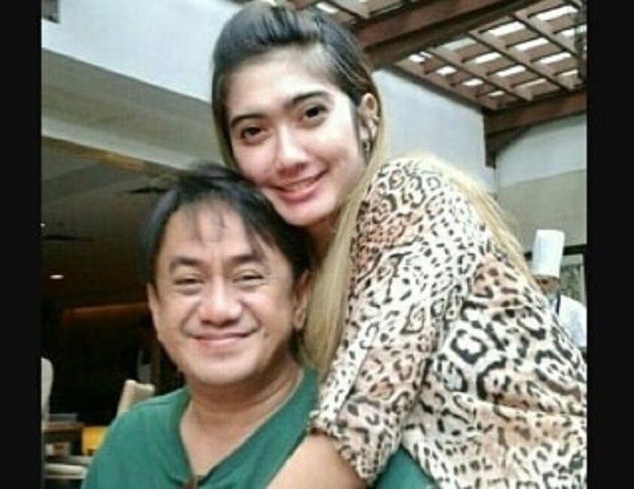 Revi Mariska dengan suaminya, M Taufik