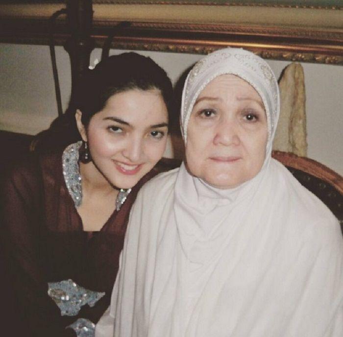 Ashanty dan ibunya, Farida Siddik