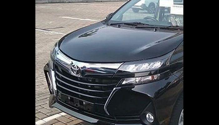 Headlamp dan gril Toyota Avanza 2019