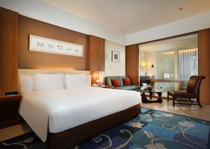 Intip Hotel Bintang Lima yang Jadi Tempat Faye Nicole Berduaan dengan Chaeri Wardhana booking.com