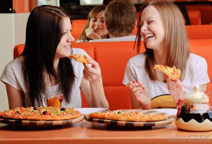 Makan bareng teman