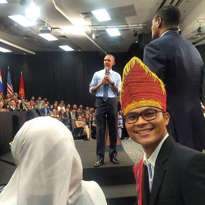 Robinson Sinurat bertemu Barack Obama di Malaysia