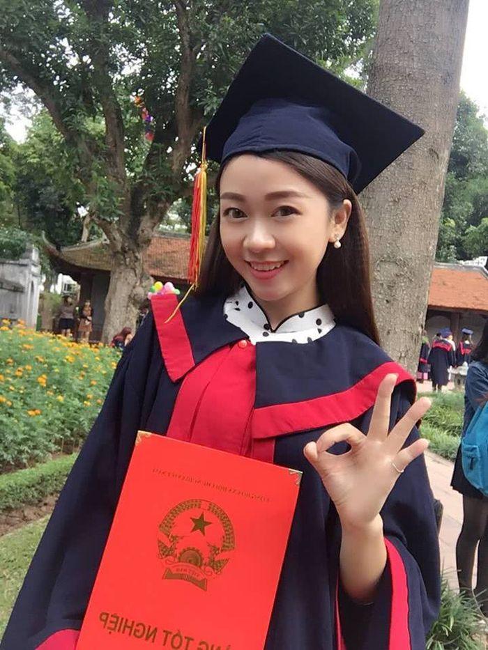 Nguyen Van Anh saat lulus kuliah
