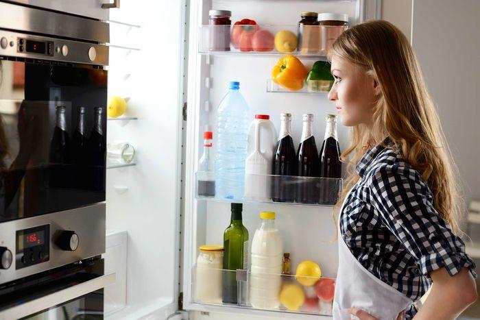 Perhatikan pengaturan makanan di kulkas
