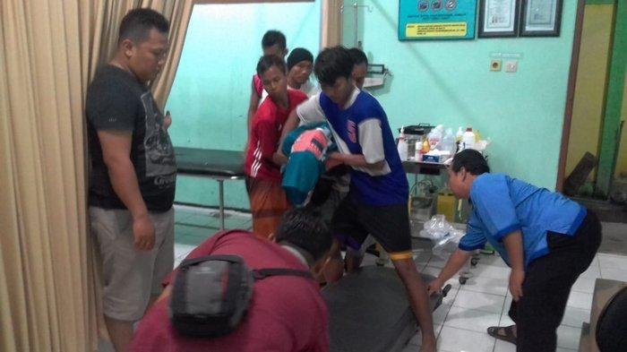 Sedang Bertanding, Pemain Bola di Tuban Tewas Tersambar Petir Hingga Tubuhnya Mengeluarkan Asap