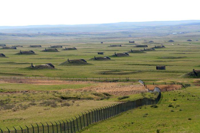Tempat Perlindungan Khusus Orang Kaya, Lapangan Ini Dipenuhi Bunker