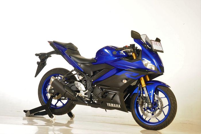 Yamaha R25 yang beredar di Indonesia