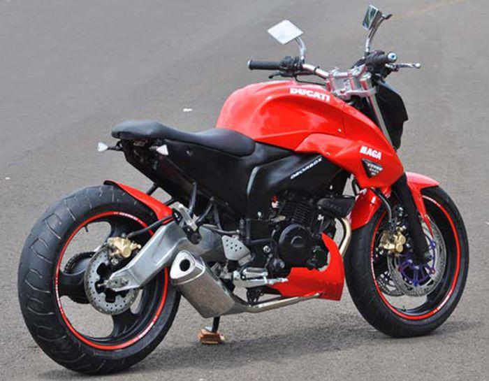 Kira-kira mirip Ducati apa ya