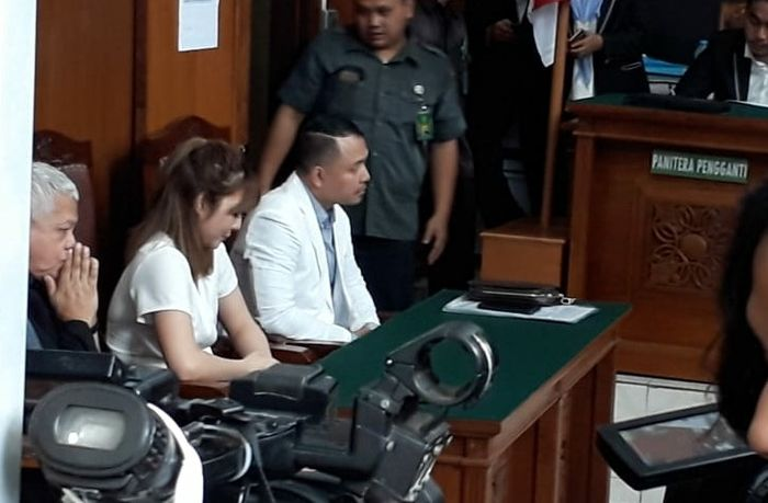 Gisella Anastasia saat menjalani sdang putusan perceraian di Pengadilan Negeri Jakarta Selatan, Rabu (23/1/2019).