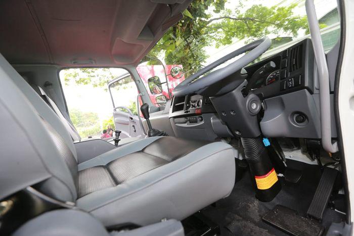 4 varian Giga Tractor Head sudah berteknologi commonrail