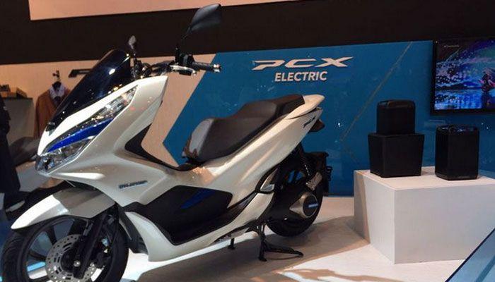 Honda PCX EV saat di Imos 2018