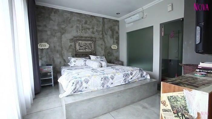 Kamar tidur Zaskia Mecca dan Hanung Bramantyo