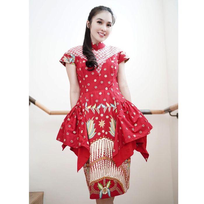 Sandra Dewi rayakan imlek