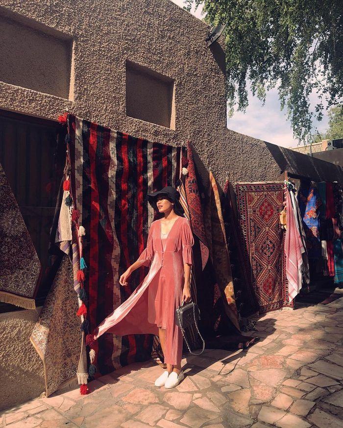 Gaya modis Alika Islamadina di Dubai