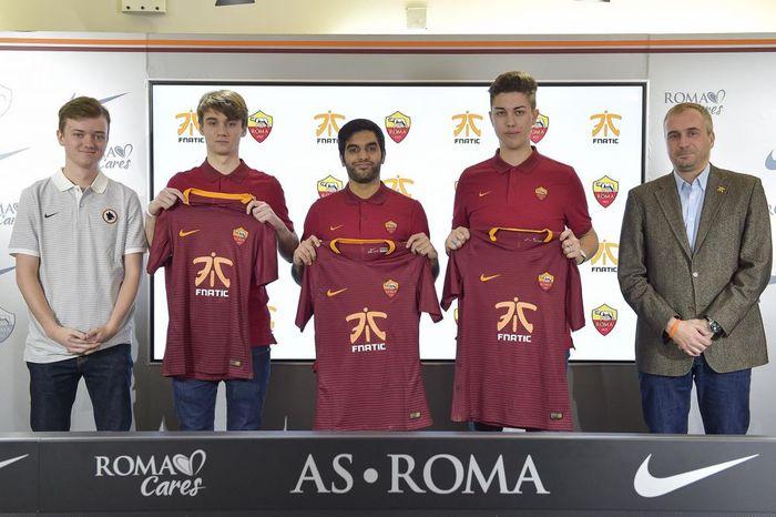 AS Roma x Fnatic