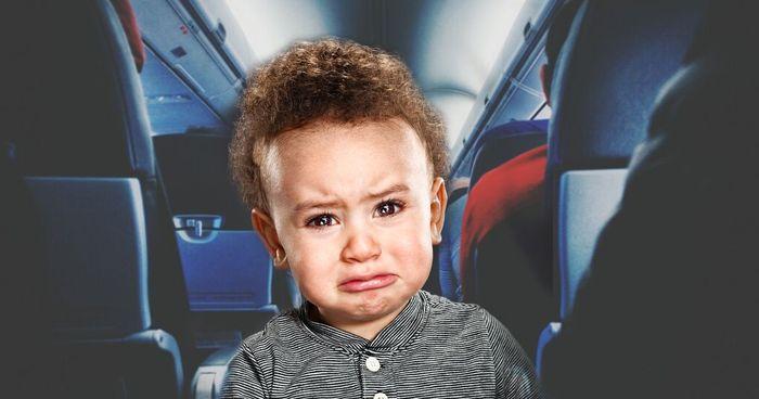 Mengapa bayi sering menangis di pesawat?