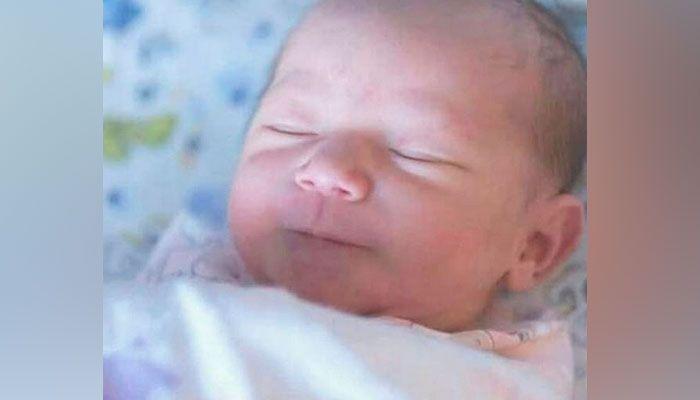 Anak perempuan pertama Raisa Adriana dan Hamish Daud diberi nama Zalina Raine Wyllie