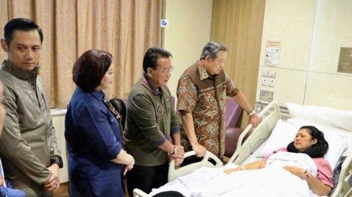 Ani Yudhoyono terkena kanker darah.