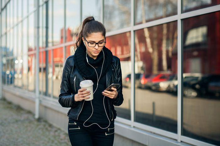 Tips merawat earphone
