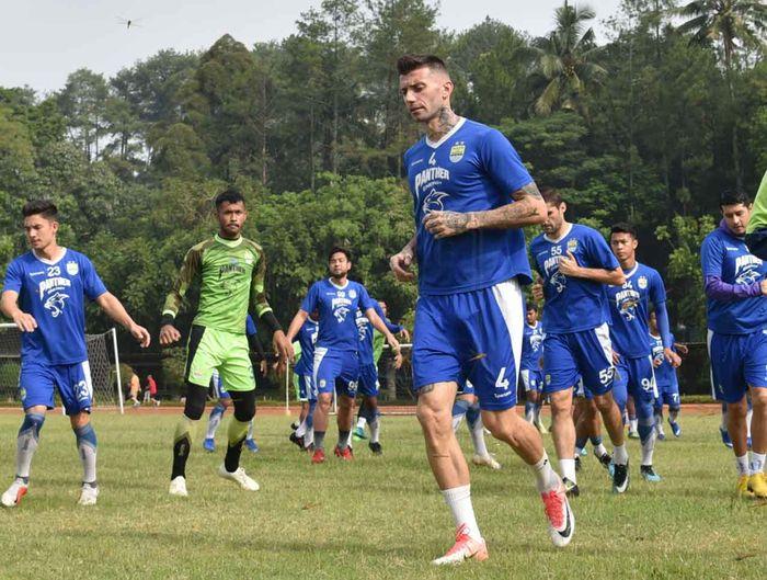 Wajah baru Bojan Malisic saat berlatih bersama Persib Bandung jelang laga melawan Arema FC di Piala Indonesia 2018.