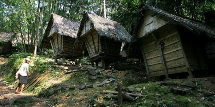 perumahan suku Baduy