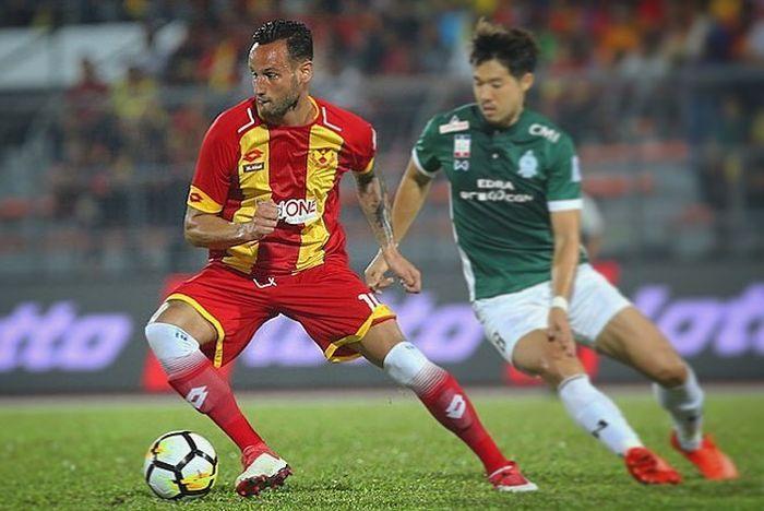 Mantan pemain Selangor FA, Alfonso De La Cruz.