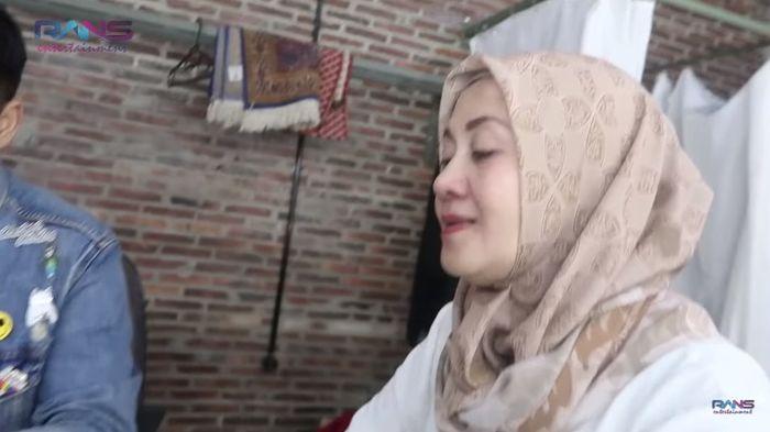 Mama Laudya Cynthia Bella komentari kelakuan jahat Raffi Ahmad pada putrinya
