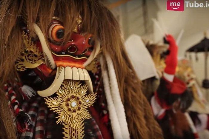Hobi Mengoleksi Benda Misterius, Roy Kiyoshi Mengaku Berganti Asisten Rumah Tangga Sebulan Sekali