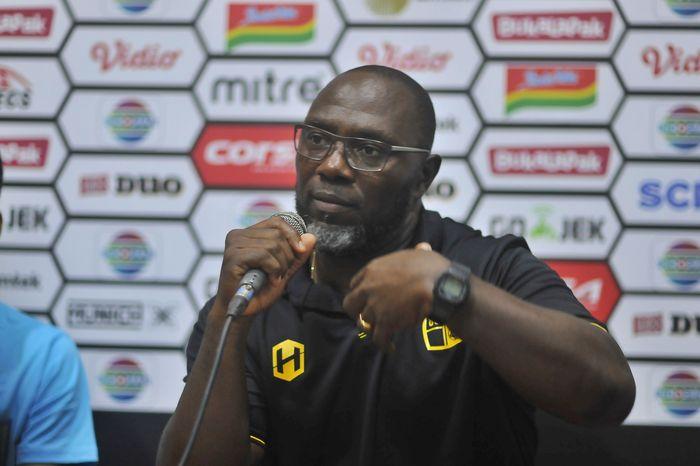 Pelatih Barito Putera, Jacksen F Tiago, memberikan pernyataan saat sesi konferensi pers di ajang Piala Presiden 2019.