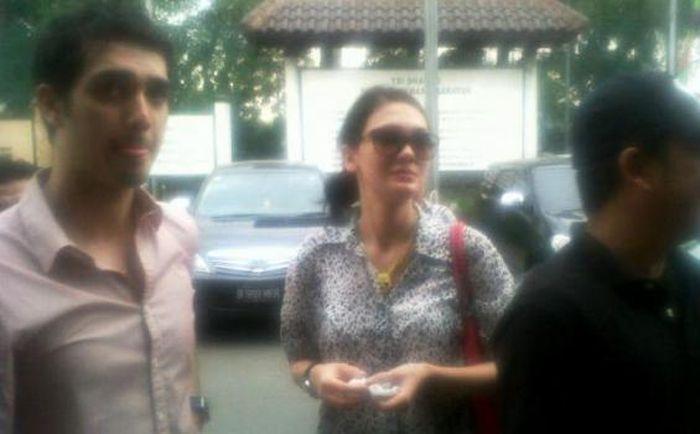 Luna Maya dan <a href='https://bangka.tribunnews.com/tag/fachri-albar' title='FachriAlbar'>FachriAlbar</a>