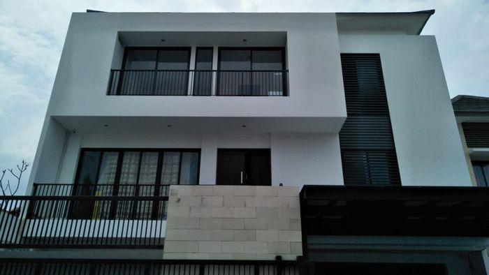 Rumah Nikita Mirzani di kawasan Petukangan, Jakarta Selatan.