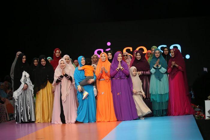 Koleksi 80 set busana muslimah syar'i bertajuk 'The Journey' dari Si.Se.Sa