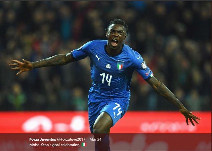 Penyerang muda Juventus dan tim nasional Italia, Moise Kean, merayakan gol debutnya