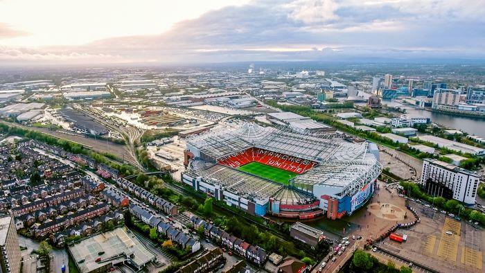 Old Trafford tampak atas.