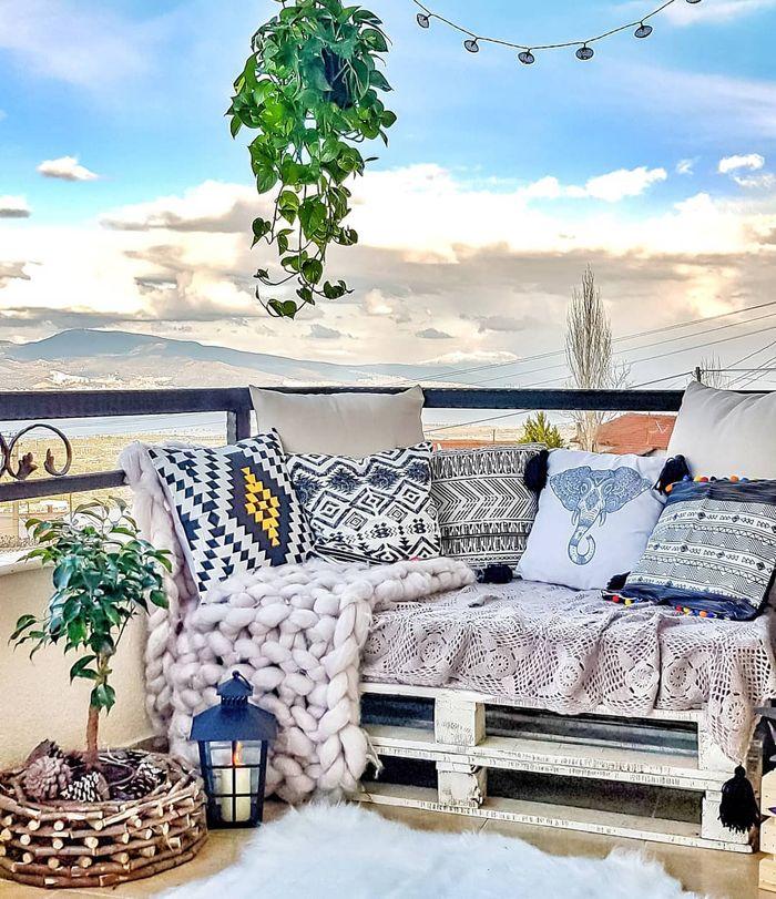 Menghias balkon ala bollger <a href='https://bangka.tribunnews.com/tag/turkey' title='Turkey'>Turkey</a>