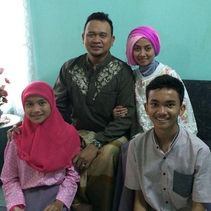 Cak Lontong & Keluarga