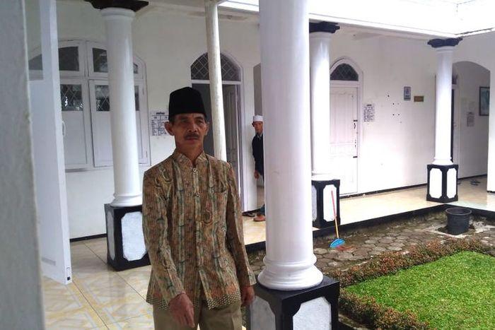 KH Supono Mustajab, pengasuh Sumanto sekaligus pemilik RSKJ H Mustajab, Desa Bungkanel, Kecamatan Karanganyar, Kabupaten Purbalingga, Jawa Tengah